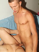 Mature chicks Elizabeth and Juliana go for a session of hardcore threesome and got extremely fucked