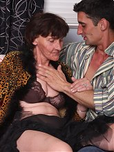 Nasty granny Stephanie goes down to suck a cock and later got her old twat fucked in many ways