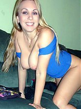 Sexy Mature ex girlfriend Sonya was feeling naughty so she seduces us with her kinky striptease